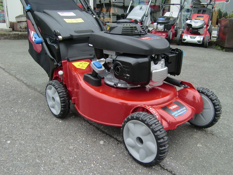 toro super recycler mower with honda engine. Black Bedroom Furniture Sets. Home Design Ideas